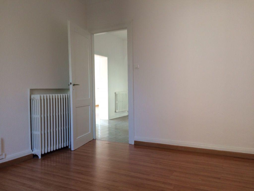 Appartement à louer 4 103.03m2 à Strasbourg vignette-5
