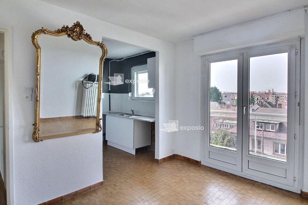 Appartement à louer 4 88.98m2 à Strasbourg vignette-1