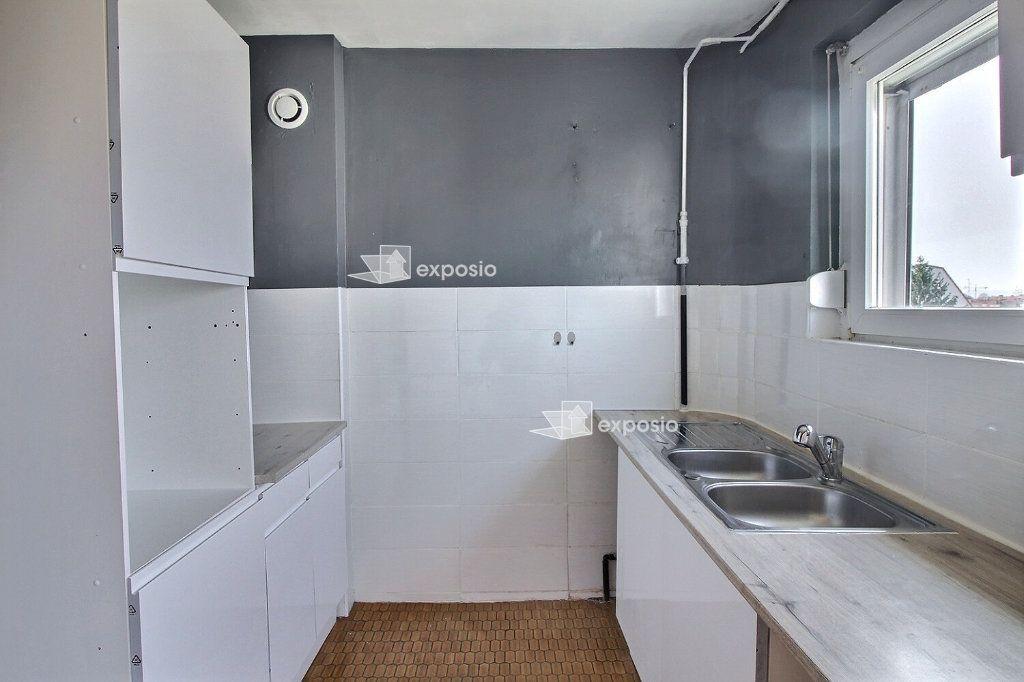 Appartement à louer 4 88.98m2 à Strasbourg vignette-2