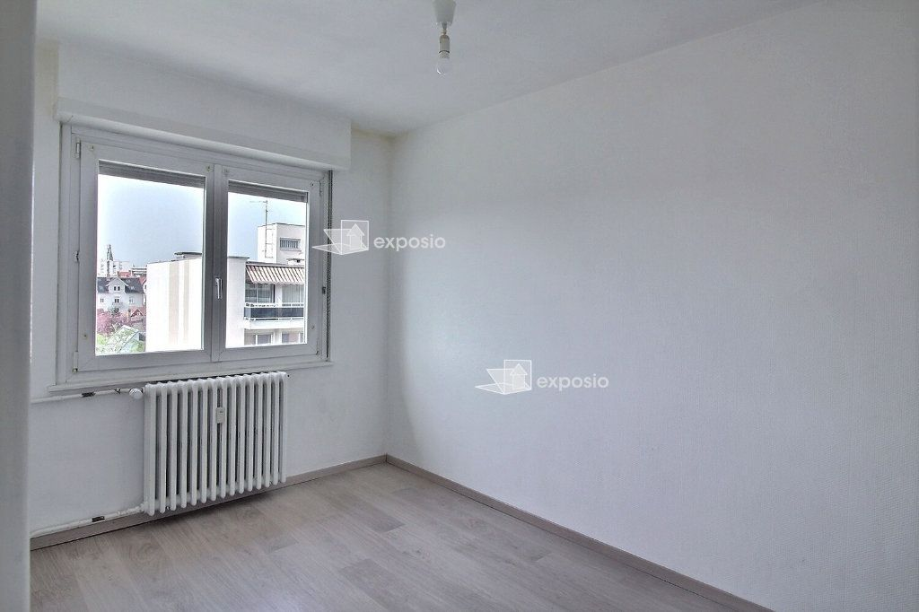 Appartement à louer 4 88.98m2 à Strasbourg vignette-5