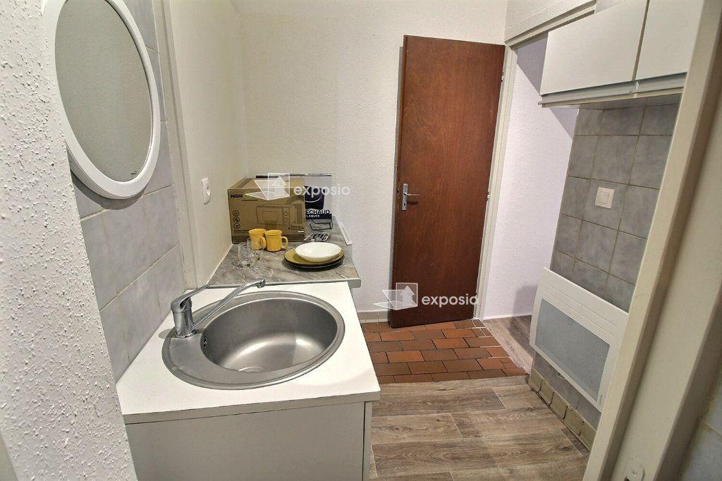 Appartement à louer 1 20m2 à Strasbourg vignette-3
