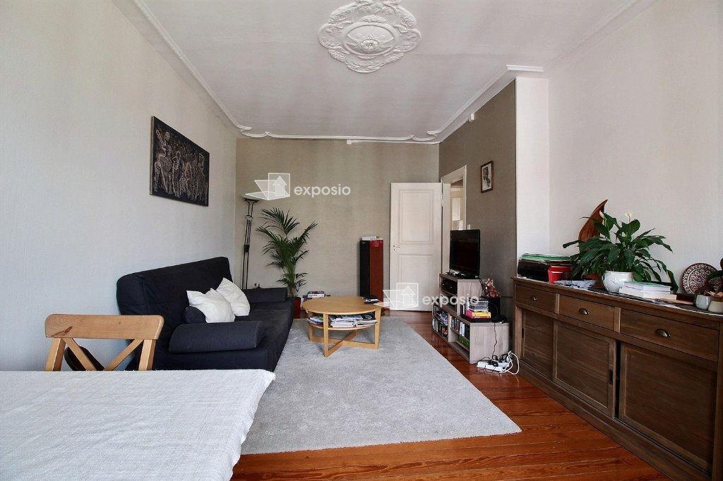 Appartement à louer 3 79m2 à Strasbourg vignette-2
