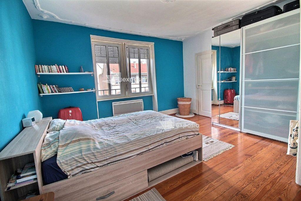 Appartement à louer 3 79m2 à Strasbourg vignette-4