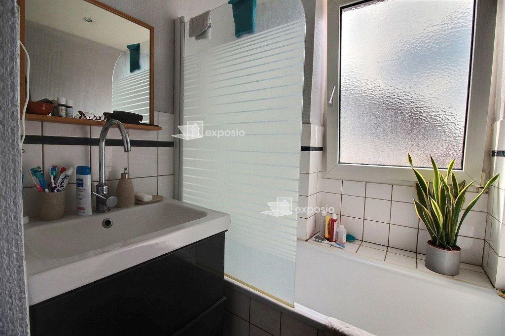 Appartement à louer 3 79m2 à Strasbourg vignette-5