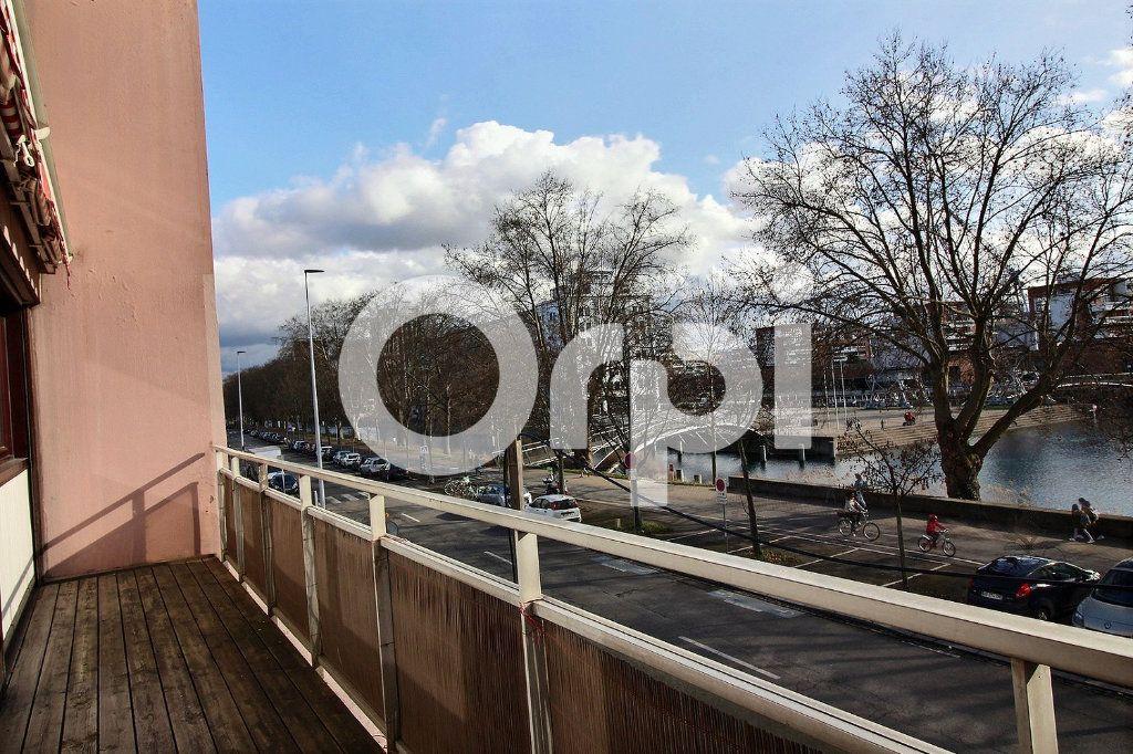 Appartement à vendre 3 97.05m2 à Strasbourg vignette-4