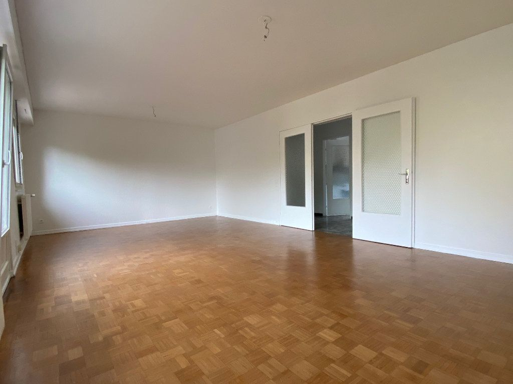 Appartement à louer 3 95m2 à Strasbourg vignette-1