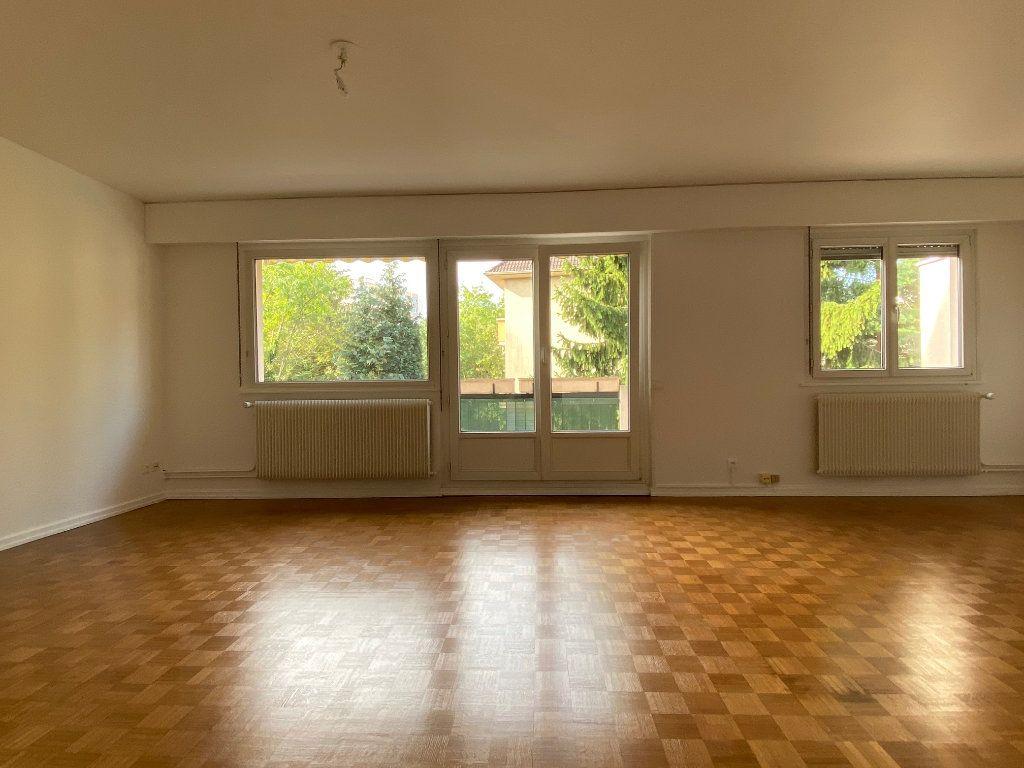 Appartement à louer 3 95m2 à Strasbourg vignette-2
