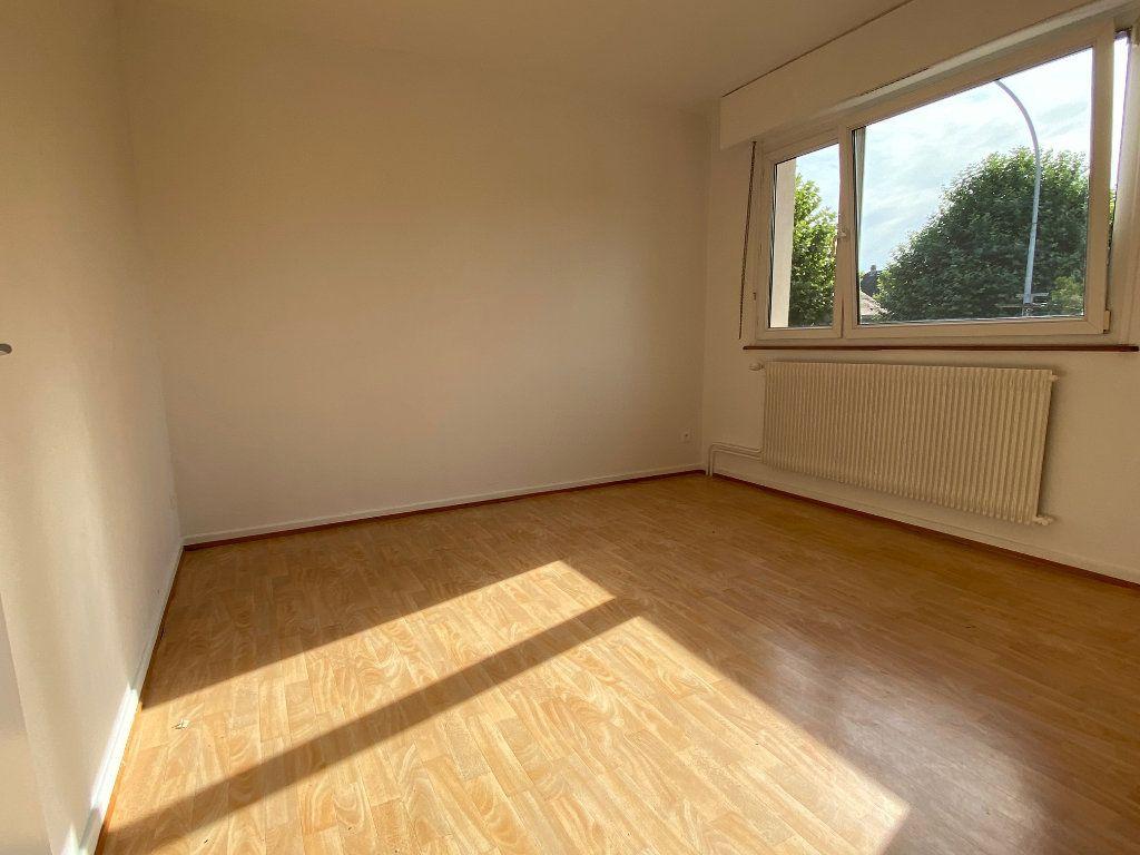 Appartement à louer 3 95m2 à Strasbourg vignette-5