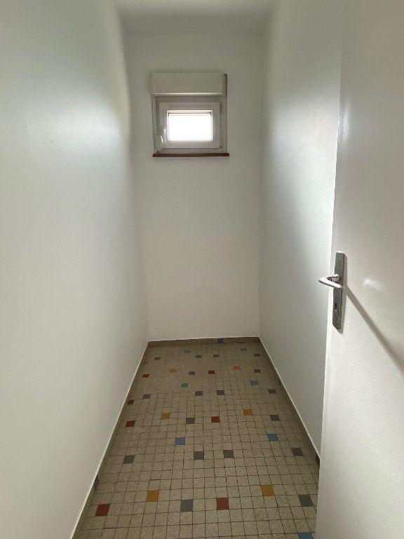 Appartement à louer 3 95m2 à Strasbourg vignette-8