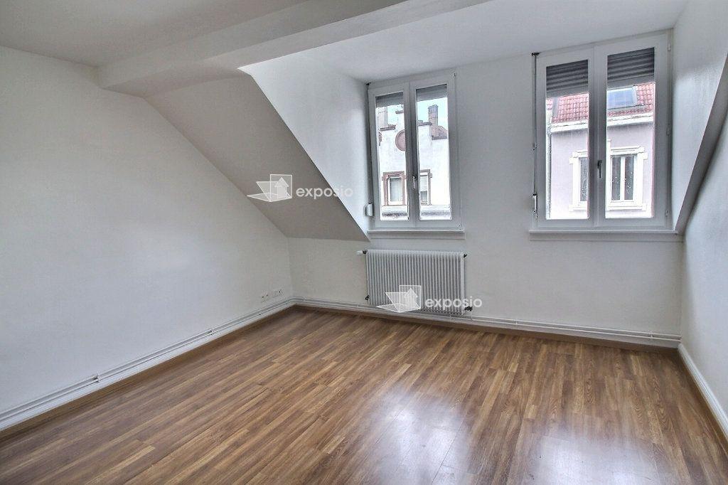 Appartement à louer 2 47m2 à Strasbourg vignette-1