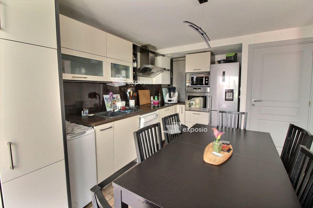 Appartement à vendre 4 75.8m2 à Strasbourg vignette-3