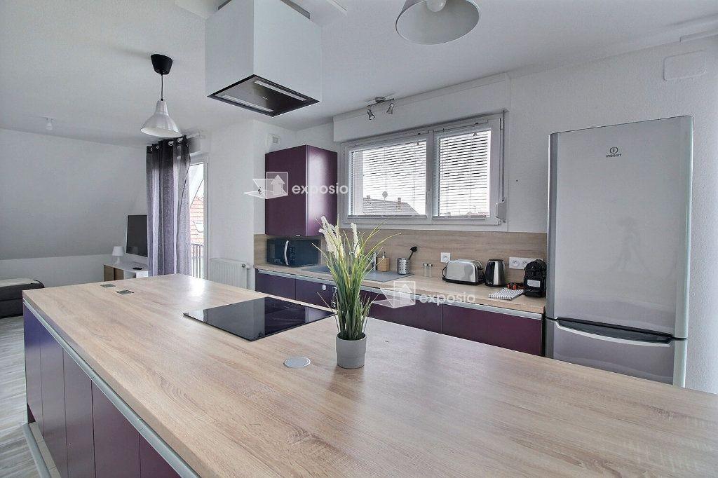 Appartement à louer 3 78.86m2 à Bischheim vignette-1