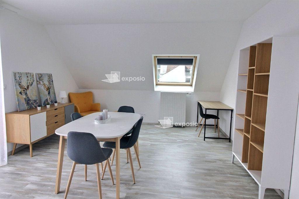 Appartement à louer 3 78.86m2 à Bischheim vignette-2
