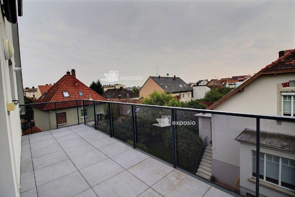 Appartement à louer 3 78.86m2 à Bischheim vignette-3