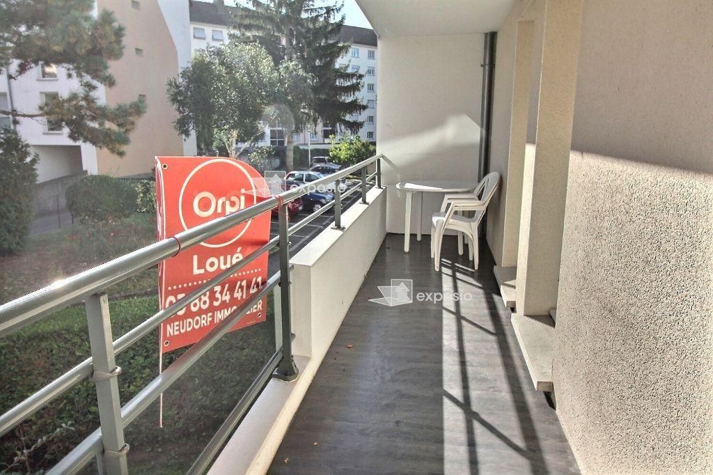 Appartement à louer 1 10m2 à Strasbourg vignette-5