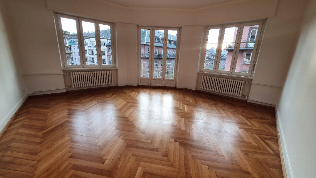 Appartement à louer 2 78.5m2 à Strasbourg vignette-1