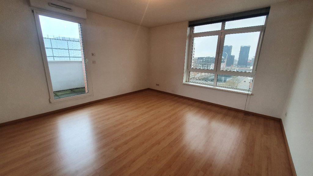 Appartement à louer 4 115.26m2 à Strasbourg vignette-4