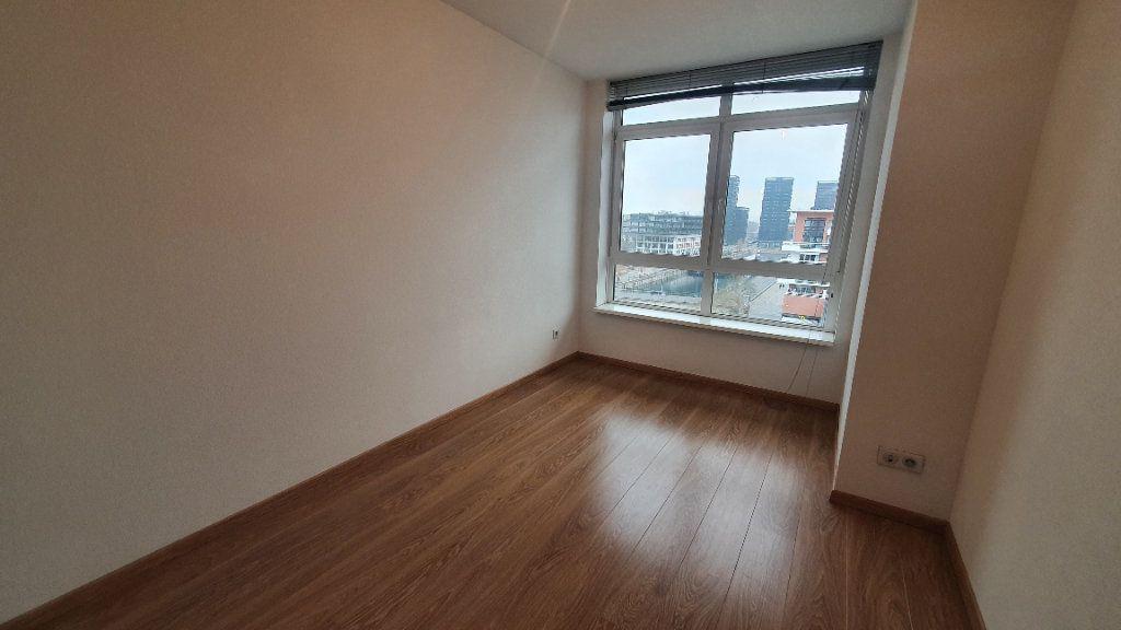 Appartement à louer 4 115.26m2 à Strasbourg vignette-5