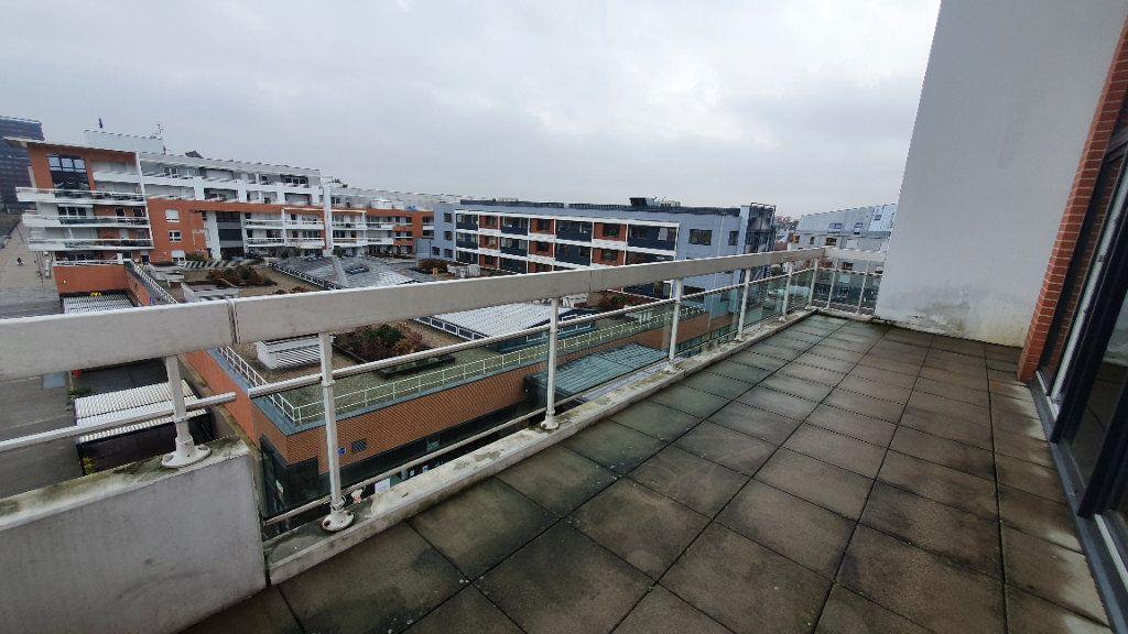 Appartement à louer 4 115.26m2 à Strasbourg vignette-9