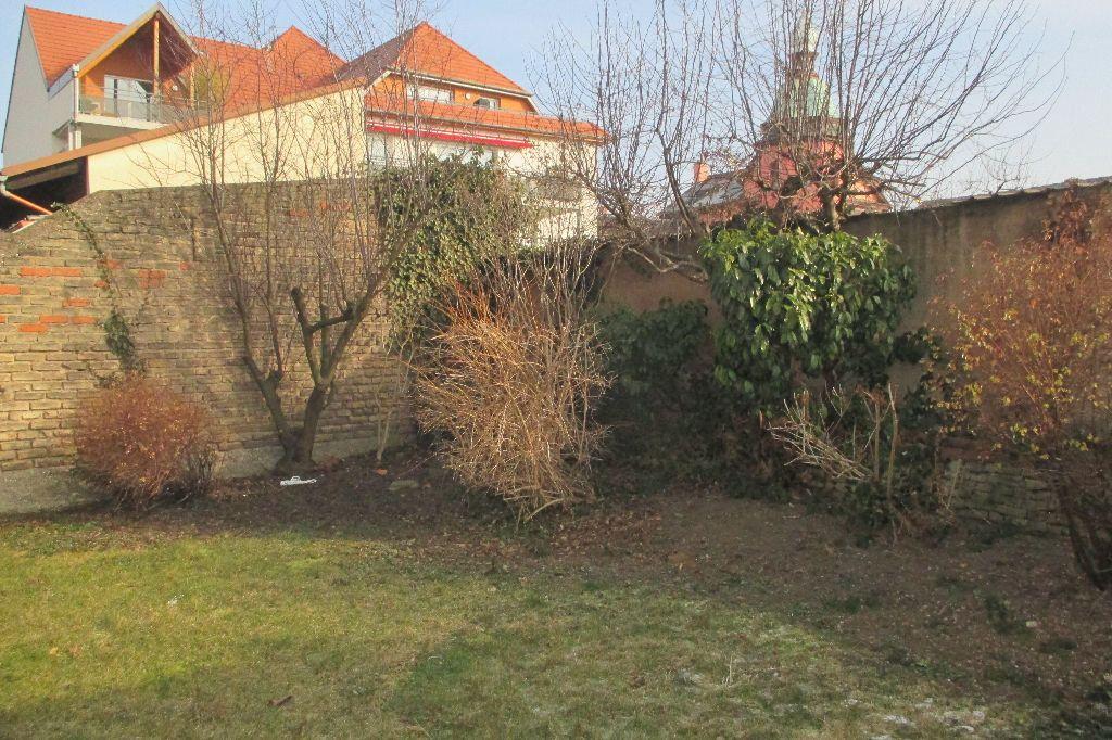 Appartement à louer 4 85.5m2 à Bischheim vignette-3