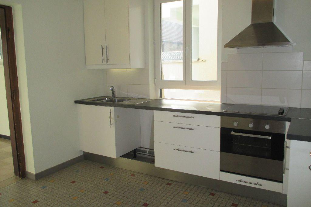 Appartement à louer 4 85.5m2 à Bischheim vignette-4