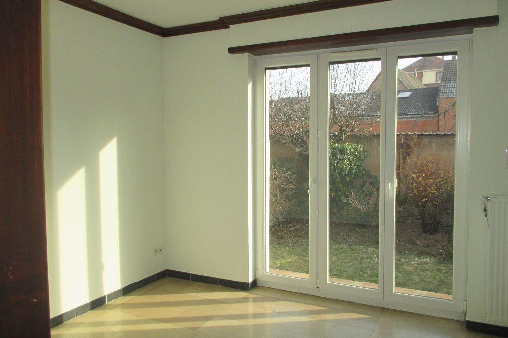 Appartement à louer 4 85.5m2 à Bischheim vignette-6