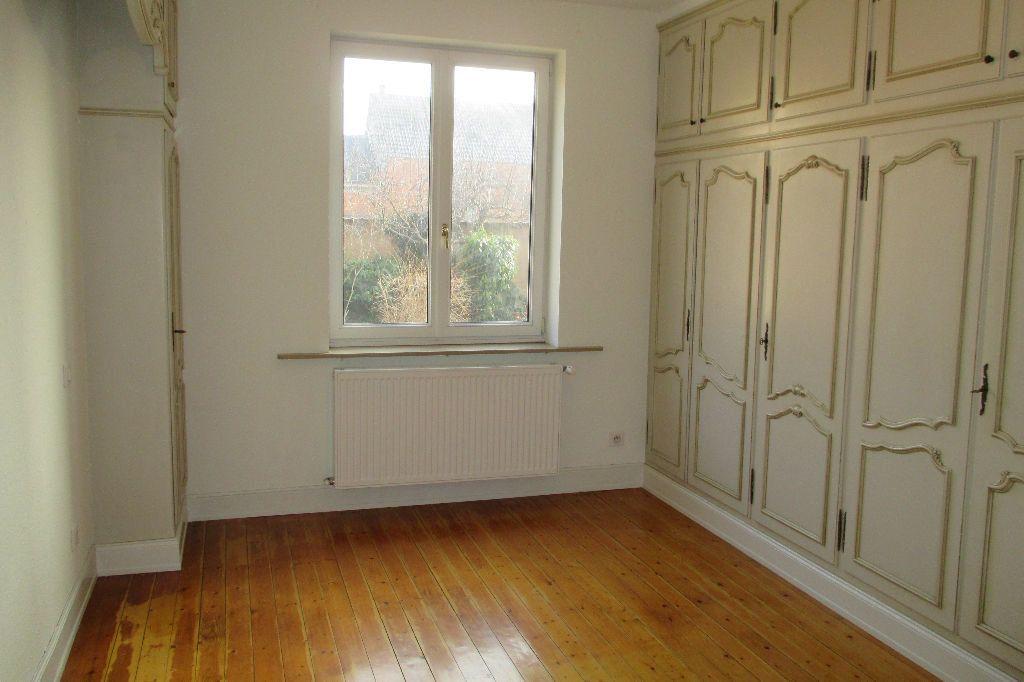 Appartement à louer 4 85.5m2 à Bischheim vignette-8