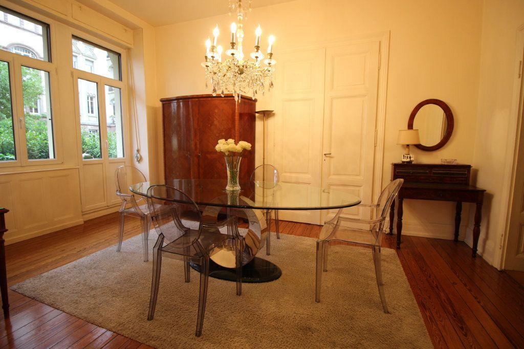 Appartement à louer 4 91.1m2 à Strasbourg vignette-1