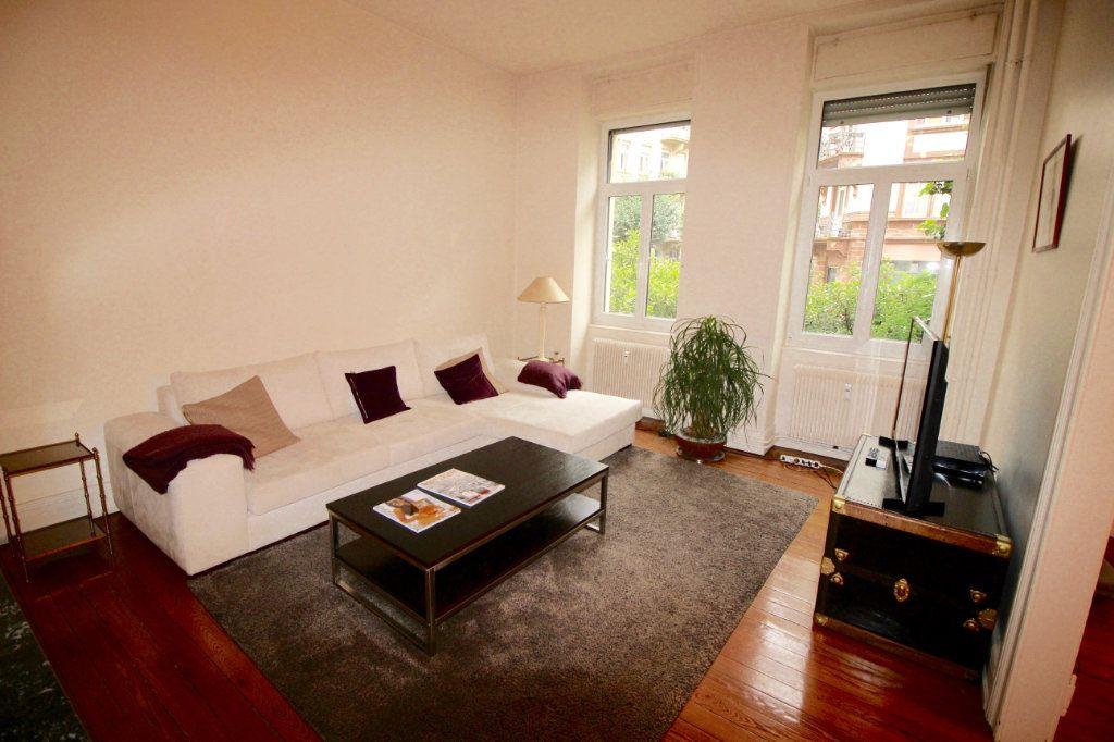 Appartement à louer 4 91.1m2 à Strasbourg vignette-2