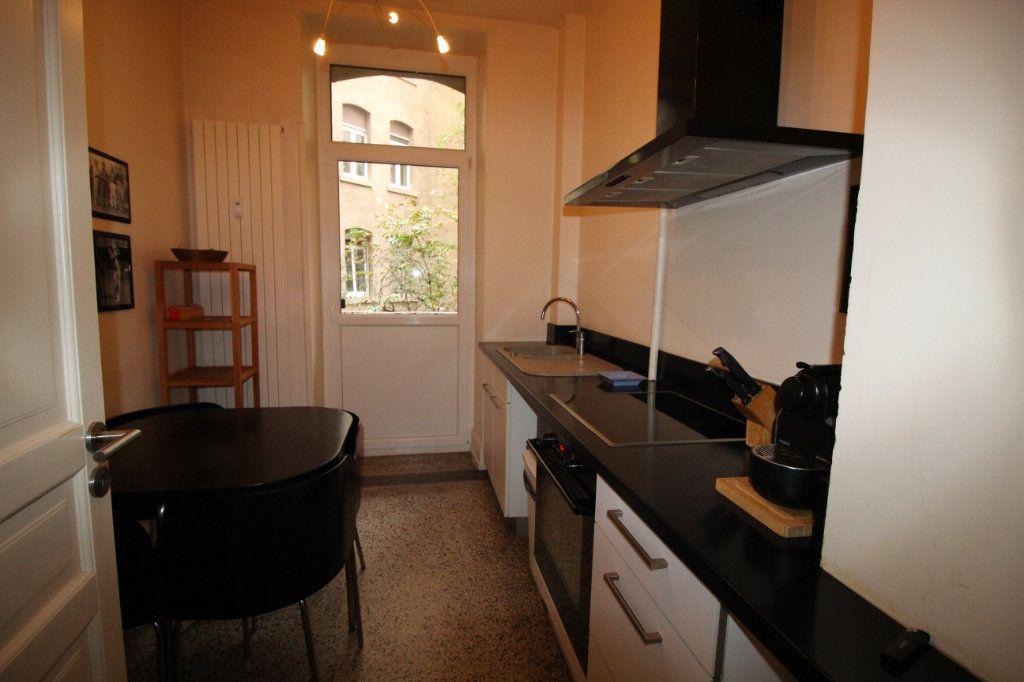 Appartement à louer 4 91.1m2 à Strasbourg vignette-4