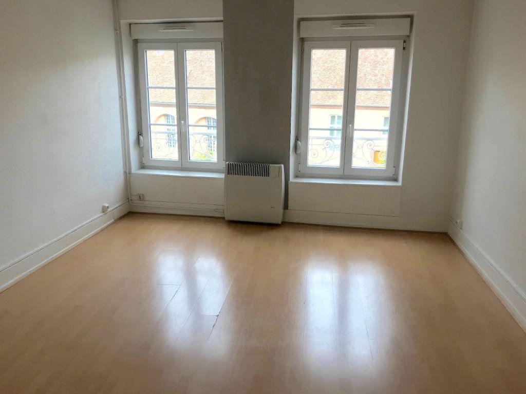 Appartement à louer 1 30m2 à Strasbourg vignette-1
