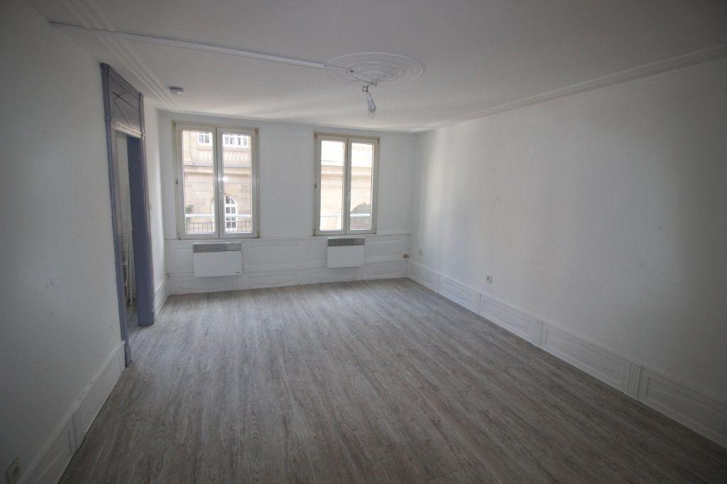Appartement à louer 2 43.47m2 à Strasbourg vignette-1