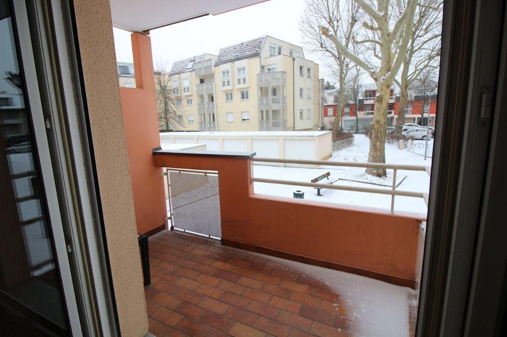 Appartement à louer 2 46.71m2 à Schiltigheim vignette-5