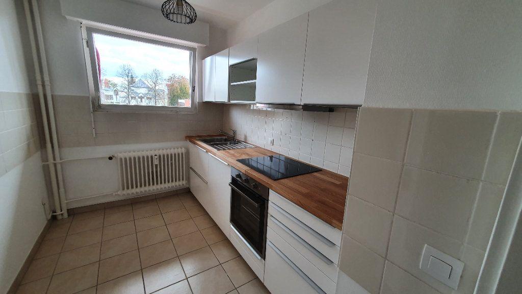 Appartement à louer 2 51m2 à Strasbourg vignette-2