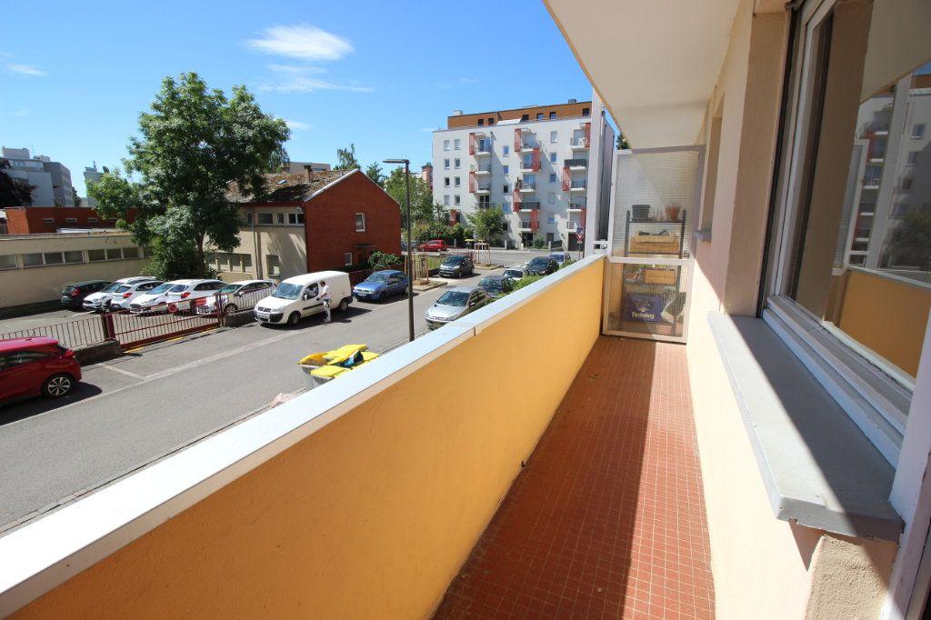 Appartement à louer 2 51m2 à Strasbourg vignette-6