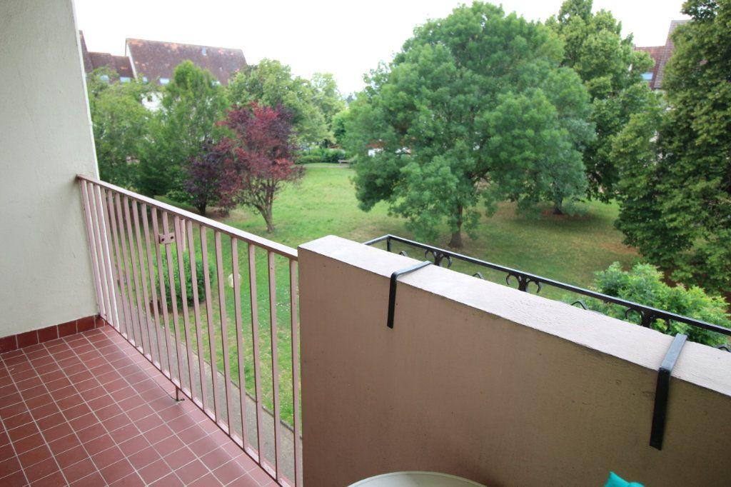 Appartement à louer 4 85.18m2 à Marlenheim vignette-2