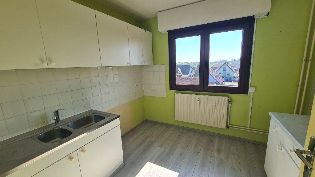 Appartement à louer 4 85.18m2 à Marlenheim vignette-4