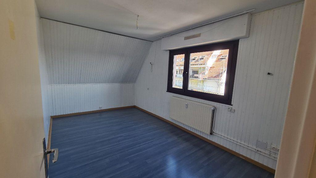 Appartement à louer 4 85.18m2 à Marlenheim vignette-8
