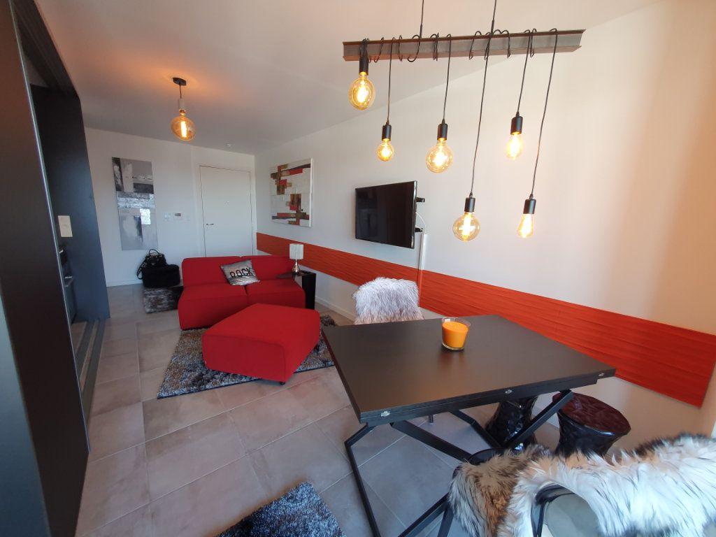 Appartement à louer 2 38.56m2 à Strasbourg vignette-1