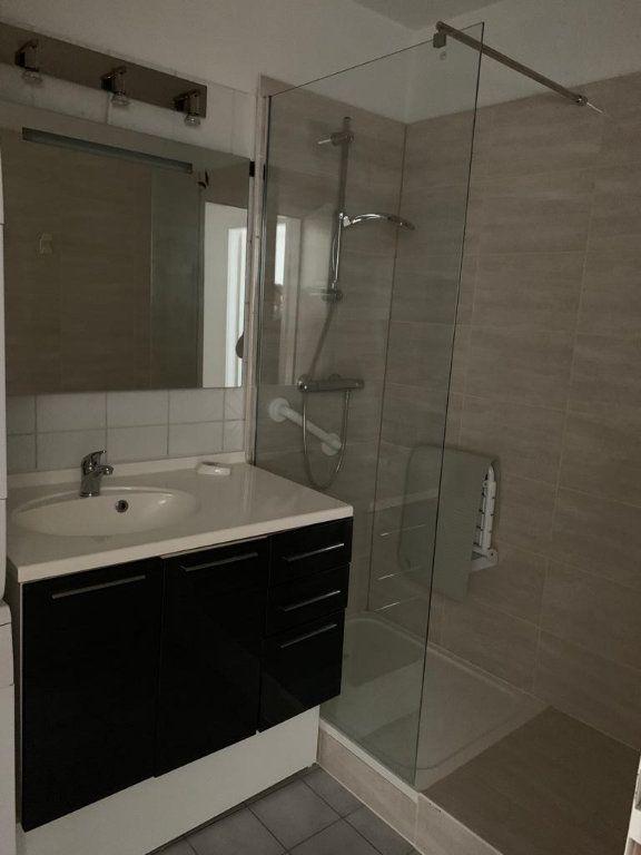 Appartement à louer 2 45m2 à Schiltigheim vignette-3