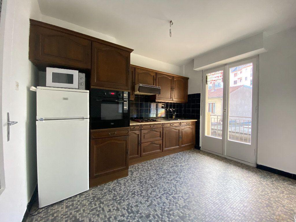 Appartement à vendre 5 137.88m2 à Strasbourg vignette-5