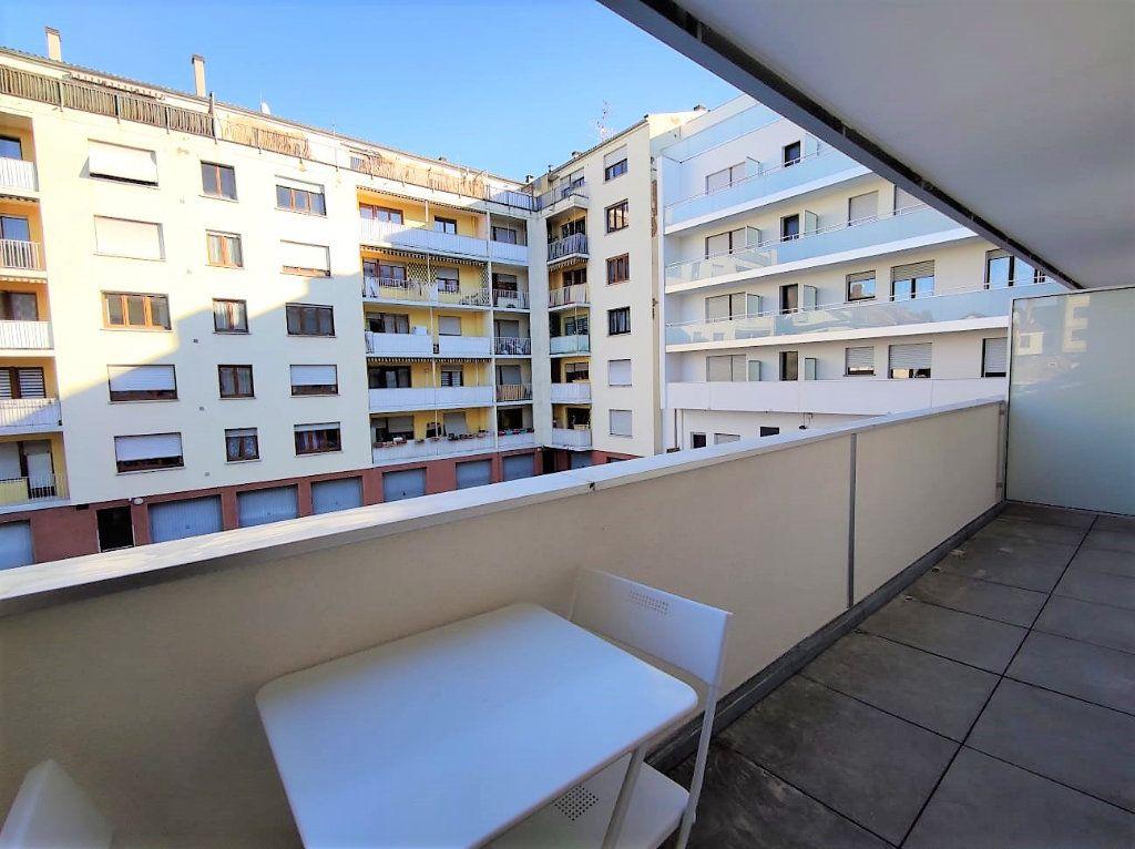 Appartement à louer 1 29.1m2 à Strasbourg vignette-4