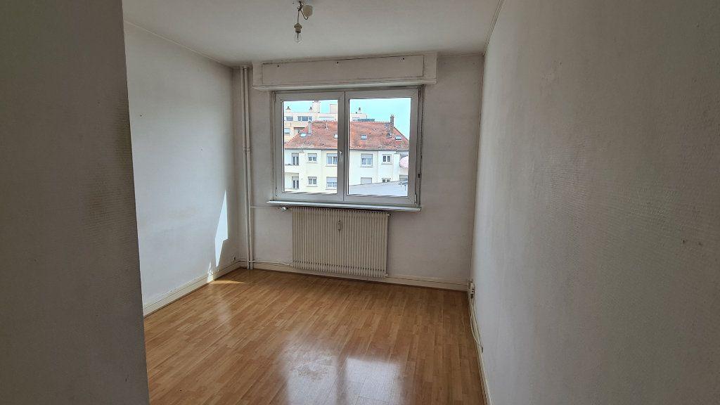 Appartement à louer 2 38m2 à Strasbourg vignette-1