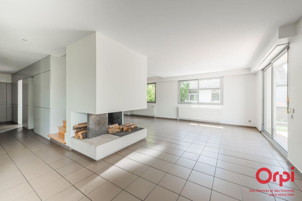 Maison à vendre 7 235m2 à Strasbourg vignette-1