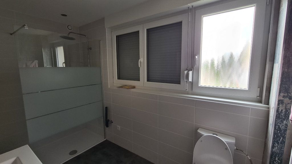 Appartement à louer 3 74.88m2 à Strasbourg vignette-4