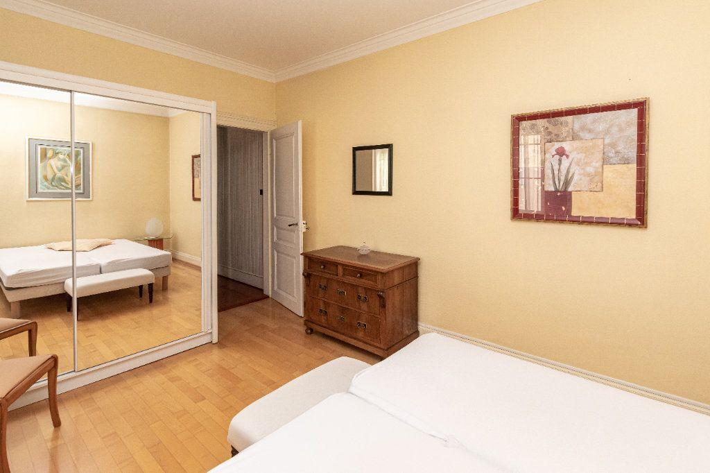 Appartement à louer 4 100m2 à Strasbourg vignette-9