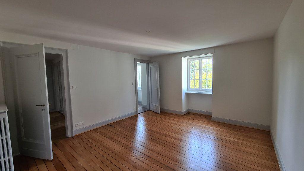 Appartement à louer 4 110m2 à Strasbourg vignette-5