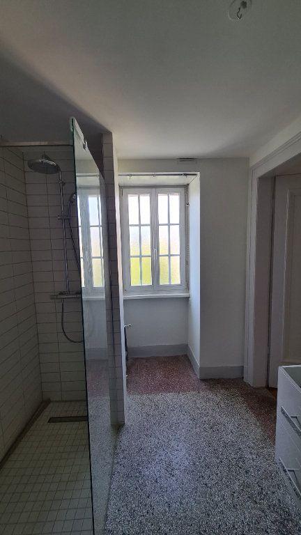 Appartement à louer 4 110m2 à Strasbourg vignette-6