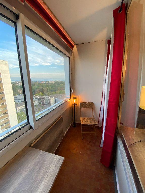 Appartement à louer 1 15m2 à Strasbourg vignette-2