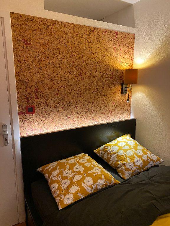 Appartement à louer 1 15m2 à Strasbourg vignette-4